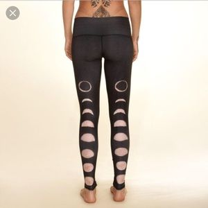 Teeki MOON DANCE BLACK HOT PANT - S (never worn)